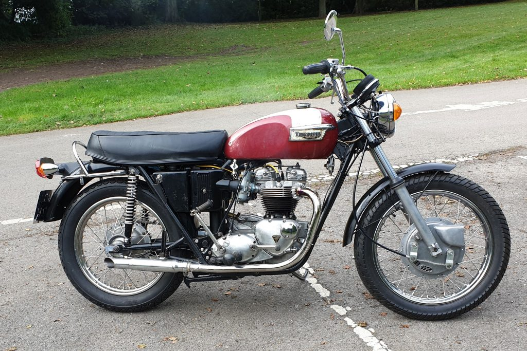 Triumph Bonneville T120R 1972 650 Restoration Project