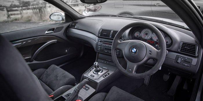 M3 CSL alcantara steering wheel in the interior.