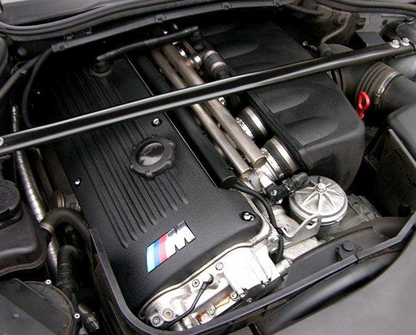 M3 S54 engine.